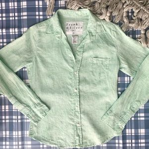 Frank & Eileen | Long Sleeve Green Button Down Top